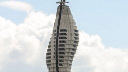 İstanbul TV ve Radyo Kulesi'nin camları Şişecam'dan!