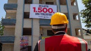 Avcılar'da kentsel dönüşümle 1500'üncü bina yıkıldı