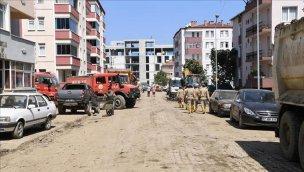 Kastamonu Bozkurt'tan 13 bin kamyon çamur çıkarıldı!