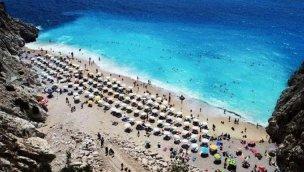 Antalya yılı 8,5 milyon turistle kapatacak