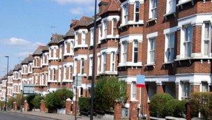 İngiltere'de konut fiyatları ağustosta yüzde 0,7 arttı