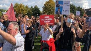 Hollanda'da konut azlığı ve artan kiralar protesto edildi