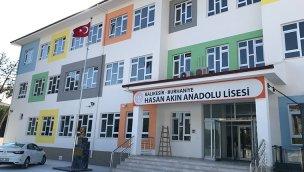 Akfen İnşaat, Burhaniye Hasan Akın Anadolu Lisesi'ni tamamladı