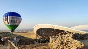 Göbeklitepe'de sıcak hava balonu uçuşları başladı