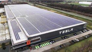 Tesla, maliyeti düşürmek için California'dan Teksas'a taşınıyor!