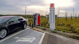 Zorlu Enerji, Karadağ'da elektrikli araç şarj istasyonu ağı kuruyor