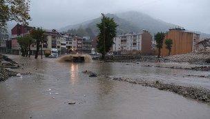 Bozkurt'un sokakları yeniden sular altında!