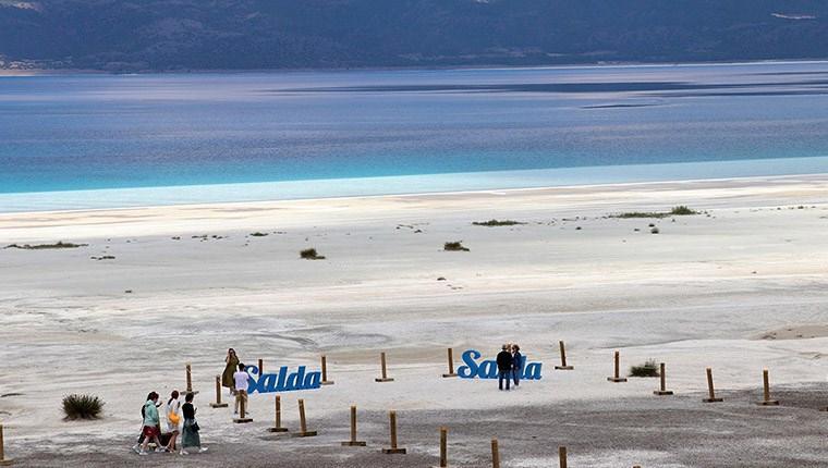 Salda Gölü'ndeki Beyaz Adalar doğal görünümüne kavuştu