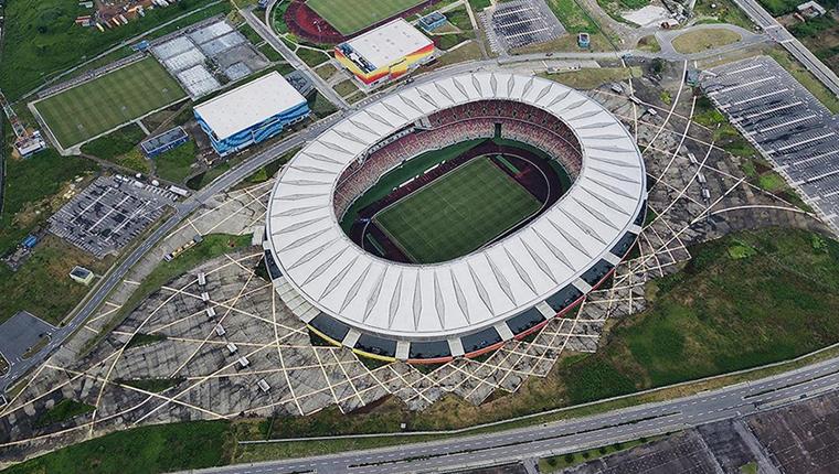 Yenigün İnşaat, Kamerun'un en büyük ve en lüks stadyumunu inşa etti